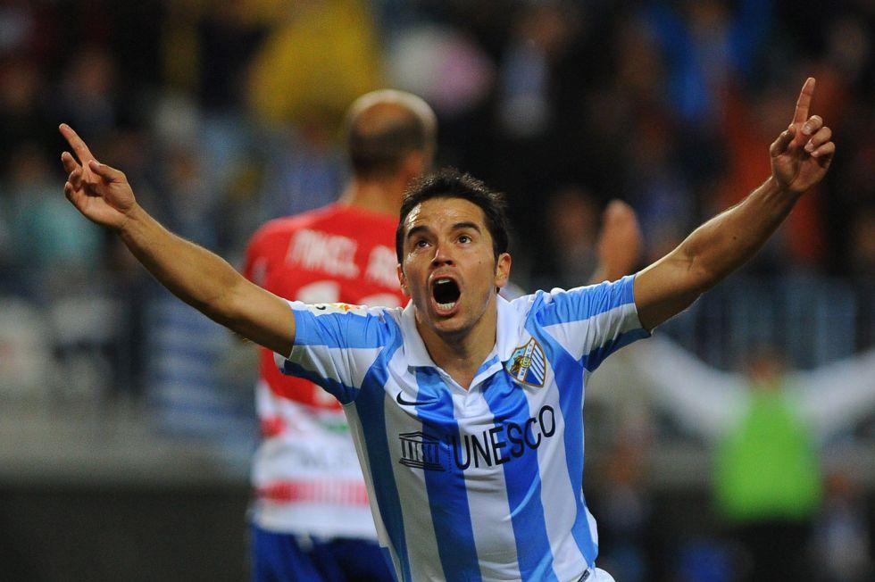 El Málaga golea al Granada con más efectividad que juego