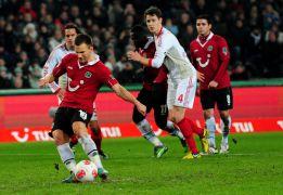 El Leverkusen se enreda ante el Hannover y da un paso atrás