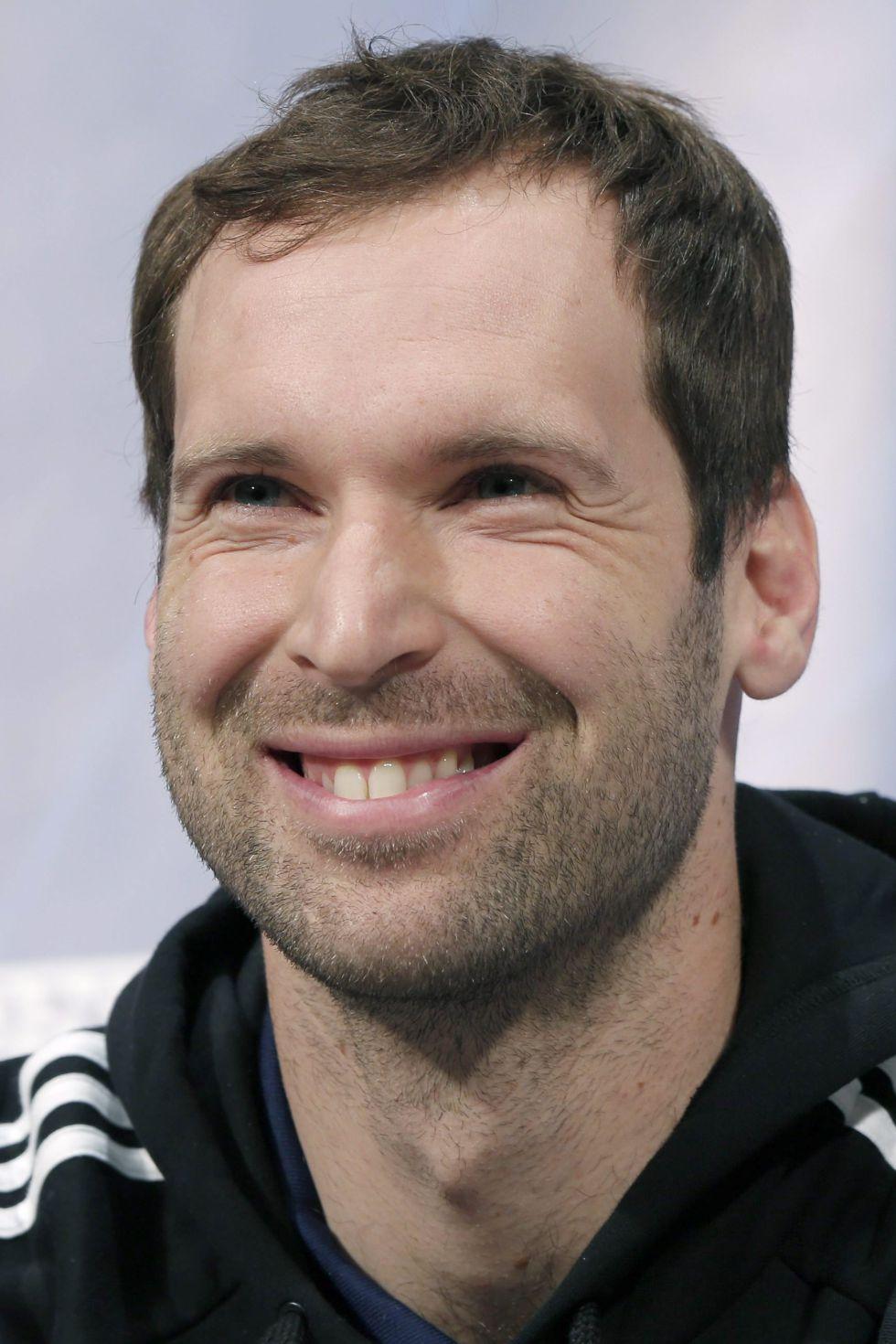 """Cech: """"He esperado ocho años estar aquí con el Chelsea"""""""