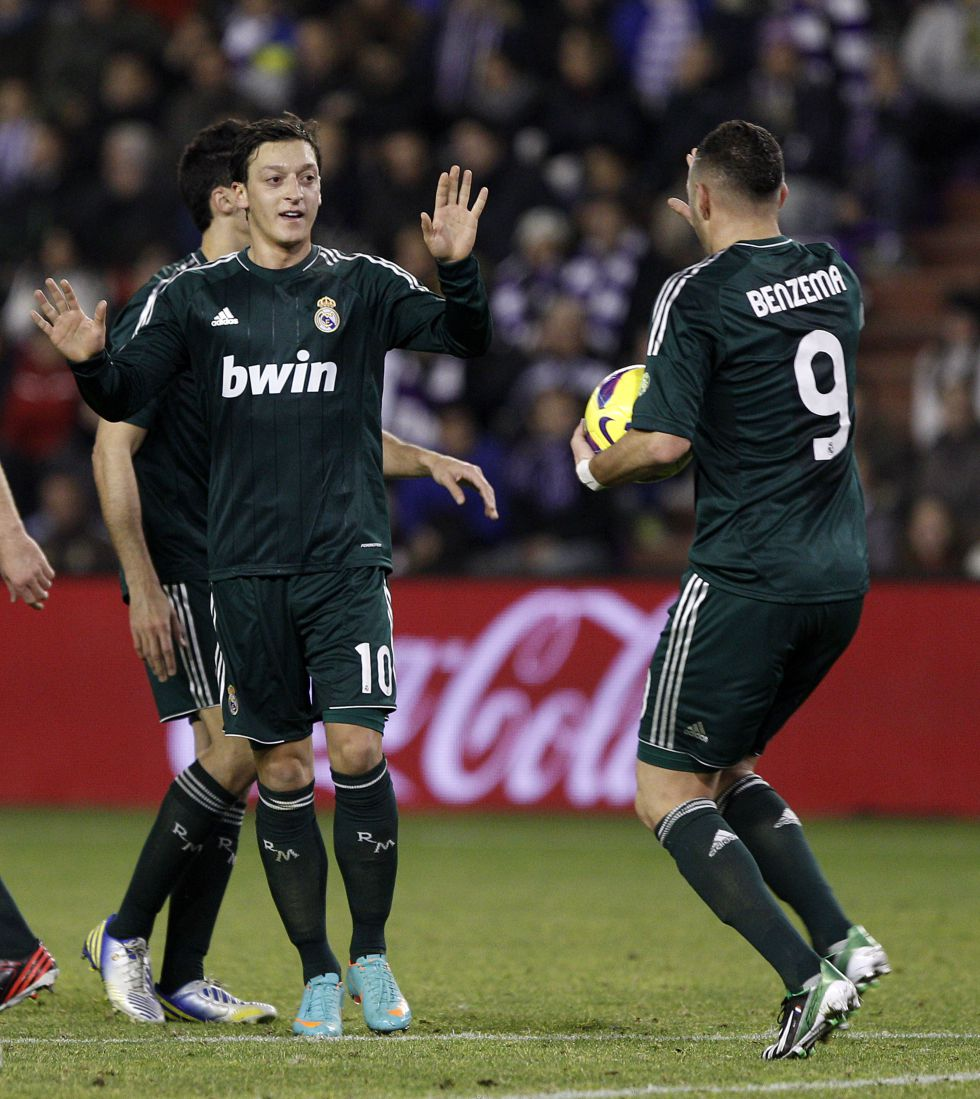 Özil es el tercer máximo goleador blanco en Liga