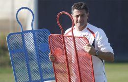Palop y Cicinho, en la lista de Míchel para jugar en Mallorca