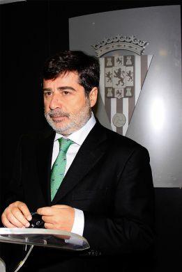 """Carlos González critica a José Mourinho: """"No todo vale"""""""