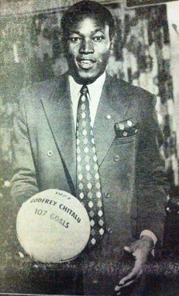 Zambia pide que la FIFA reconozca el récord de Chitalu