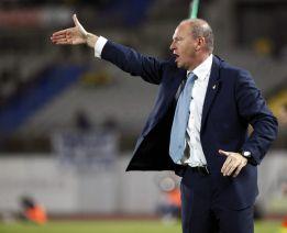 El Betis tiene a Dorado, Castro y Campbell en duda para Vigo