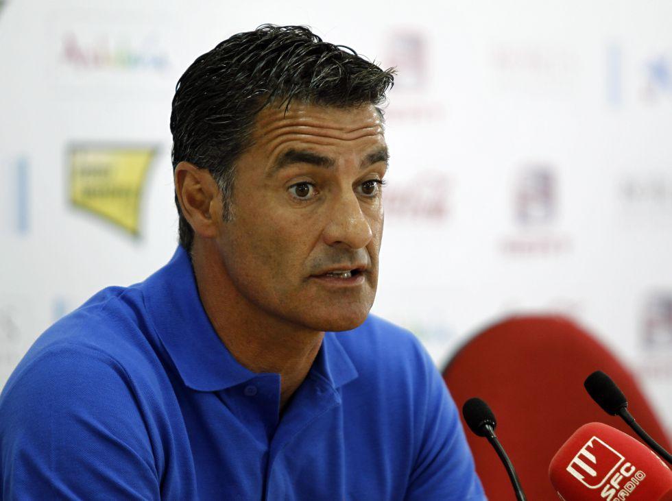 """Míchel: """"La victoria de mañana nos va a relanzar en la Liga"""""""