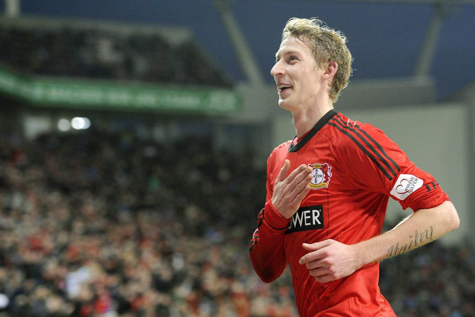 El Leverkusen sigue segundo tras golear al Hamburgo