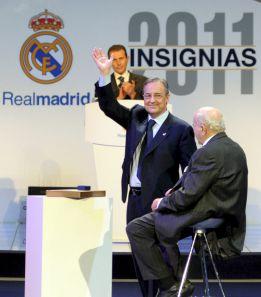 """Florentino: """"Mourinho ha sufrido ataques injustos a su dignidad"""""""