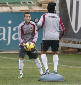 Tino Costa, Joao Pereira y Guaita, en la lista; se cae Valdez
