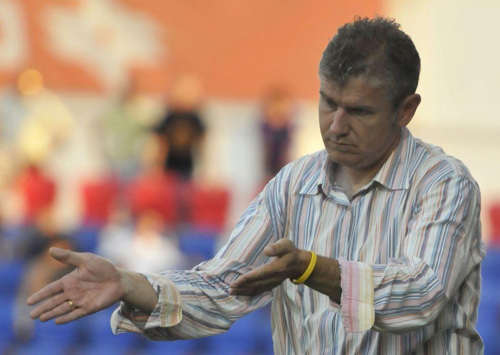 El Córdoba amenaza el debut de Royo en Huesca
