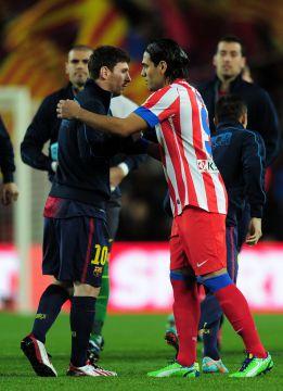 Una pérdida de Leo Messi provoca el gol de Falcao