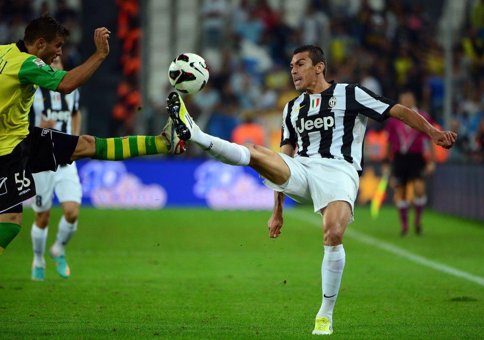 La Juventus rescinde el contrato de Lucio, que apunta a Brasil