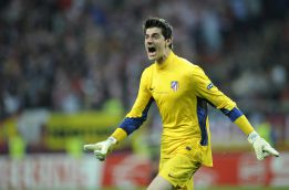 The Sun: Courtois, posible relevo de Valds para el futuro