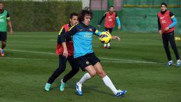 Messi, Iniesta y Adriano, ausentes en la sesión del Barça