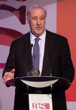 La RFEF premia a Del Bosque, Venancio López y Lopetegui