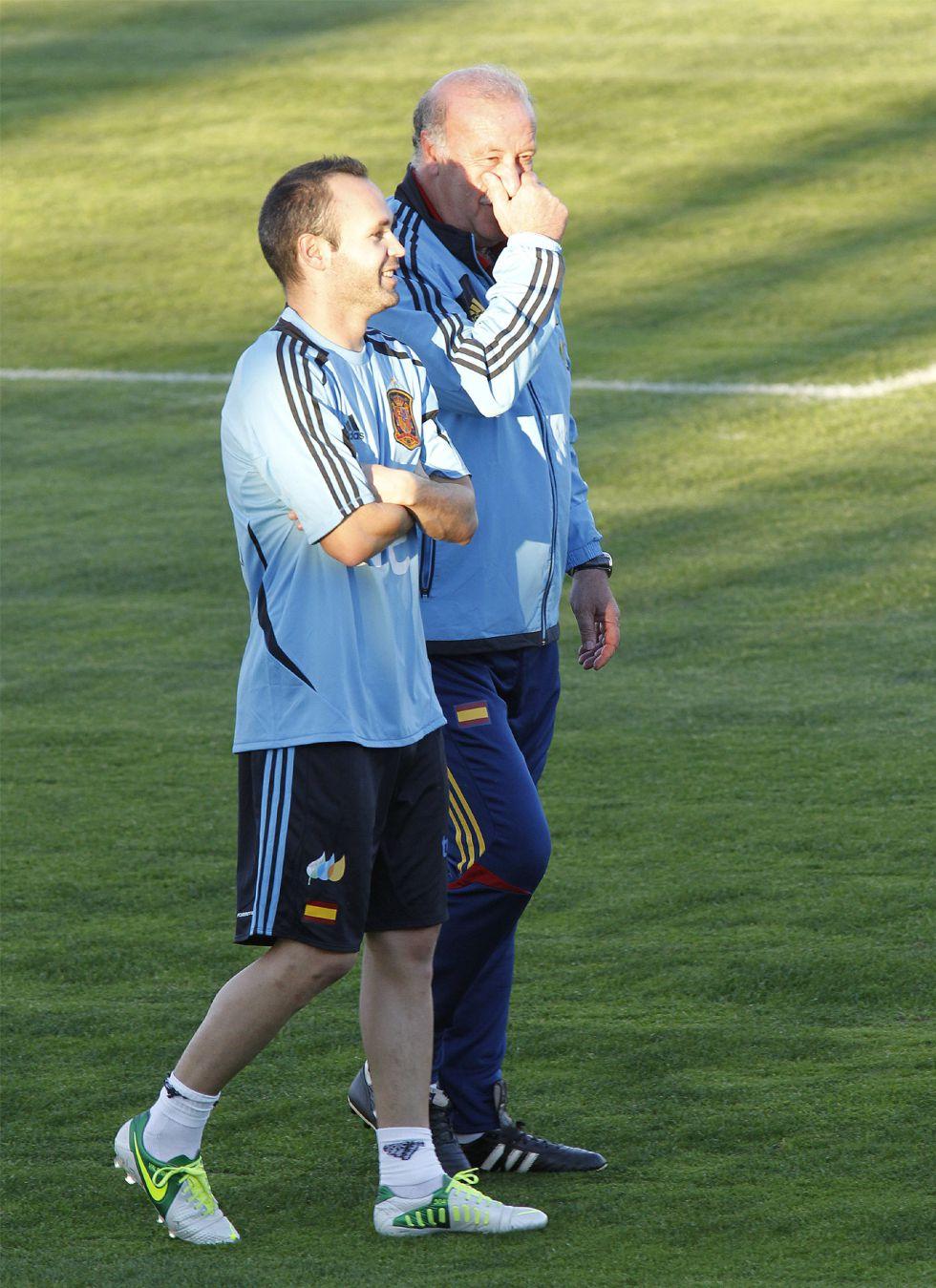 """Del Bosque: """"Me gustaría ver a Iniesta con el Balón de Oro"""""""