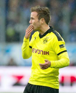 El Dortmund golea al Hannover y pasa a cuartos de la Copa