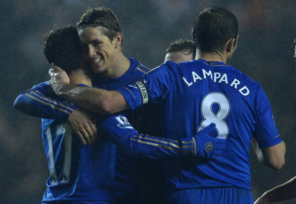 El Chelsea goleó al Leeds con un tanto de Mata y otro de Torres