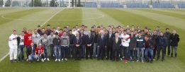 """Florentino: """"Trabajad duro, el club cuenta con vosotros"""""""