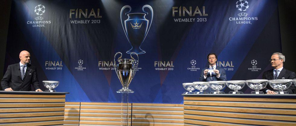 Manchester United, Milán, PSG y Oporto, los rivales en octavos