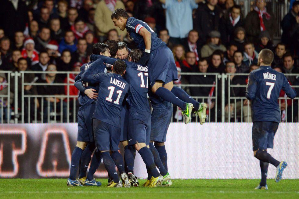 Ibrahimovic refuerza al París Saint Germain en el liderato