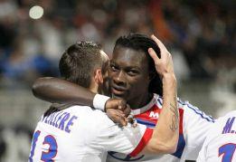 El Olympique Lyon mantiene el pulso con el París Saint Germain
