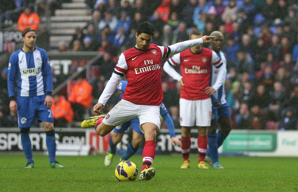 Mikel Arteta deja al Arsenal en puestos de Champions League