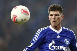 El Schalke prorroga el contrato a Huntelaar hasta junio de 2015