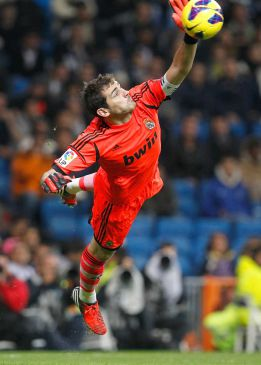 Iker Casillas, mejor portero del mundo para The Guardian