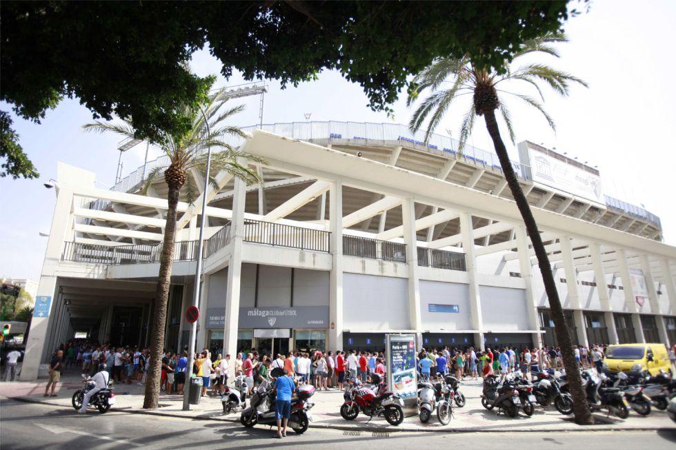 El Málaga vende mil entradas para el partido de Oporto