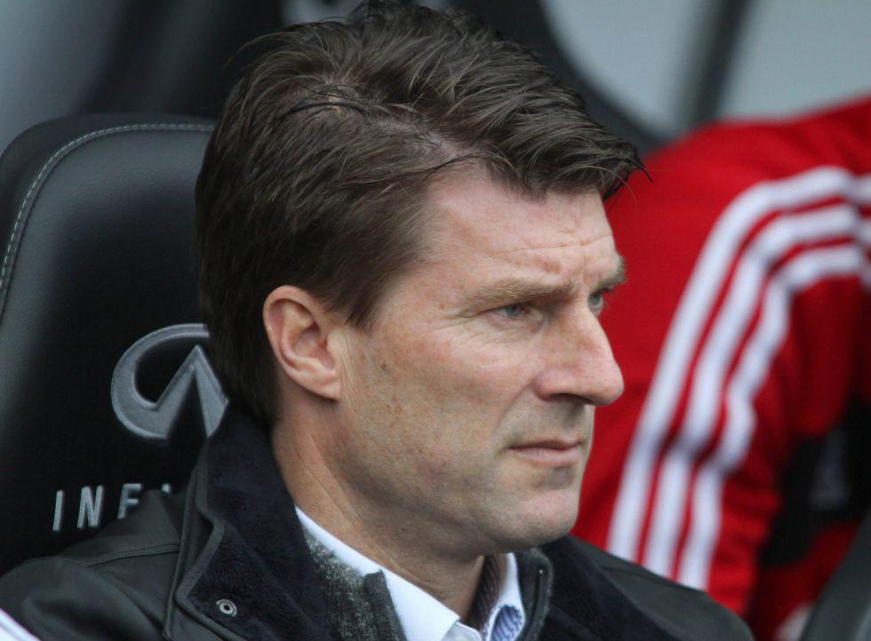 """Laudrup: """"Creo que Villa se va a quedar en el Barcelona"""""""