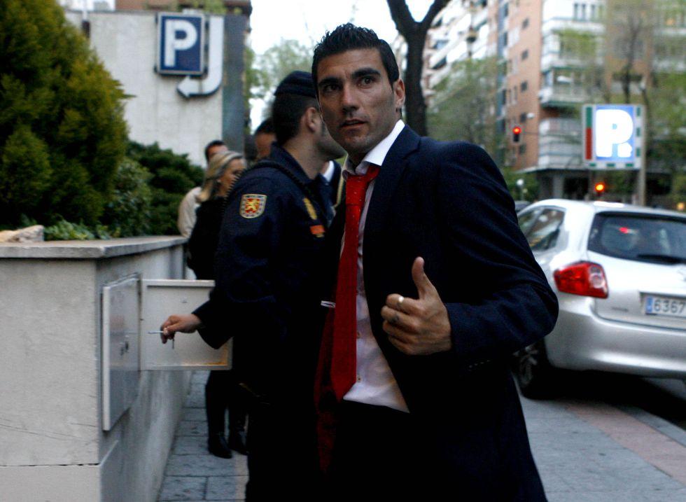 El Fenerbahçe tentará a Reyes con 4 millones de euros netos
