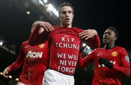 Ferguson ahorra esfuerzos y el Manchester United no lo acusa