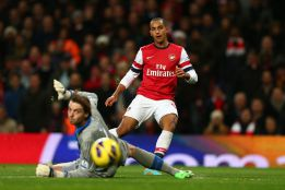 El Arsenal se da un festín con el Newcastle en un partido loco