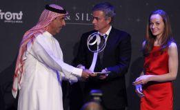 Mourinho ganó el 'Globe Soccer' al mejor técnico del año