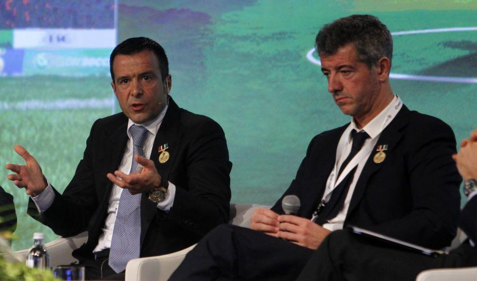 Mendes y Gil Marín defienden los fondos de inversión