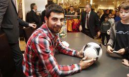 El Valencia quiere recuperar a Albiol para la próxima campaña