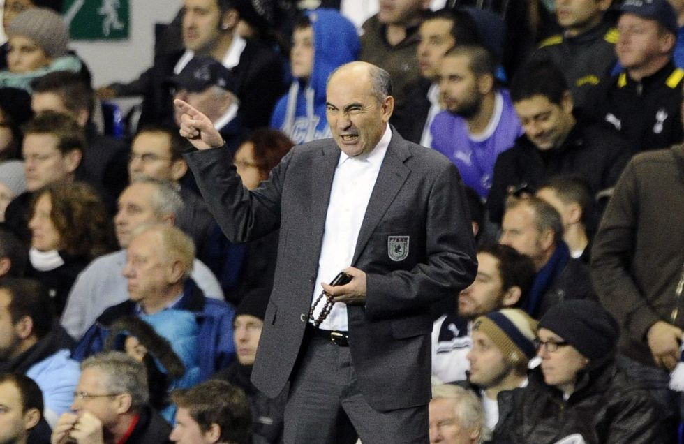 El Rubin Kazan renueva a Kurban Berdyev hasta 2015