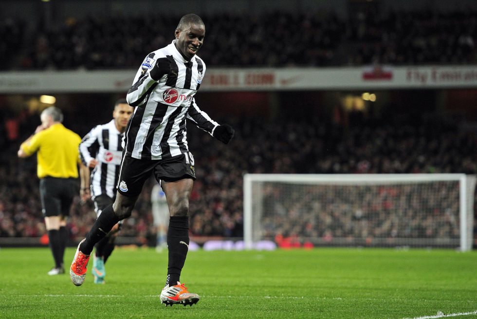 Demba Ba cerca del Chelsea y Sturridge se va al Liverpool