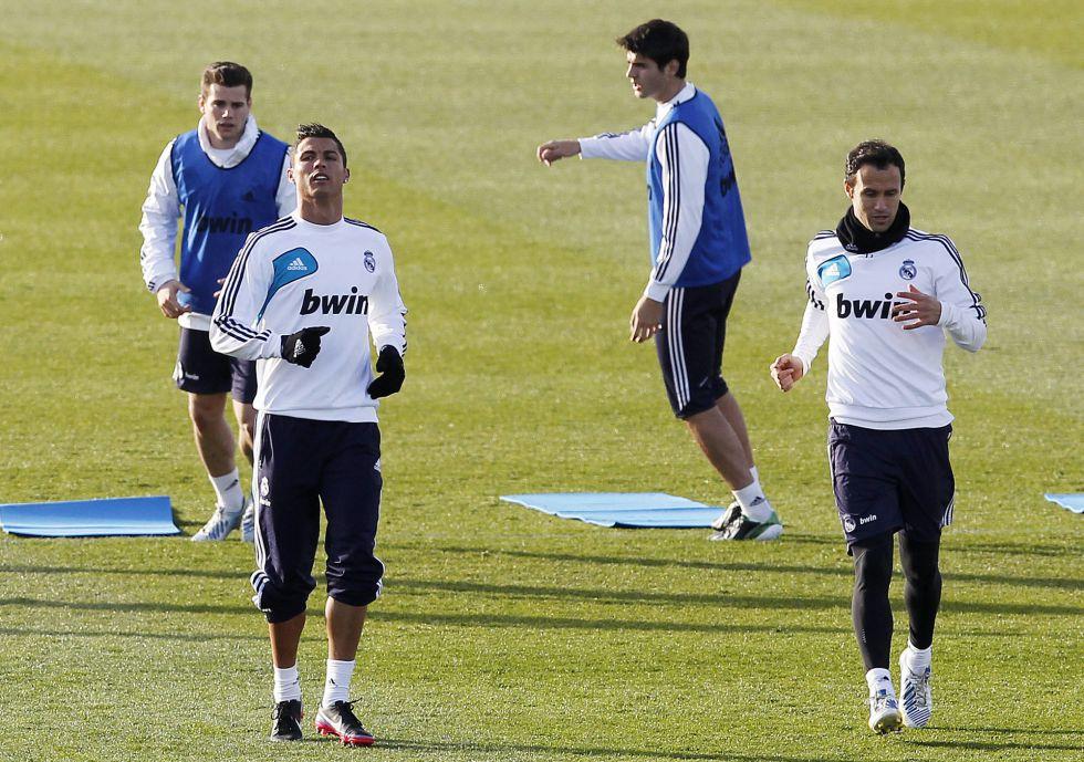 Ricardo Carvalho, titular en Liga ocho meses después...