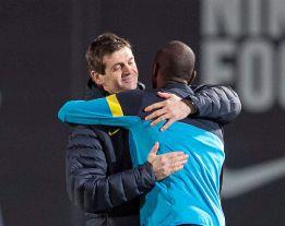 Tito Vilanova se siente con fuerza y dirigió el entrenamiento
