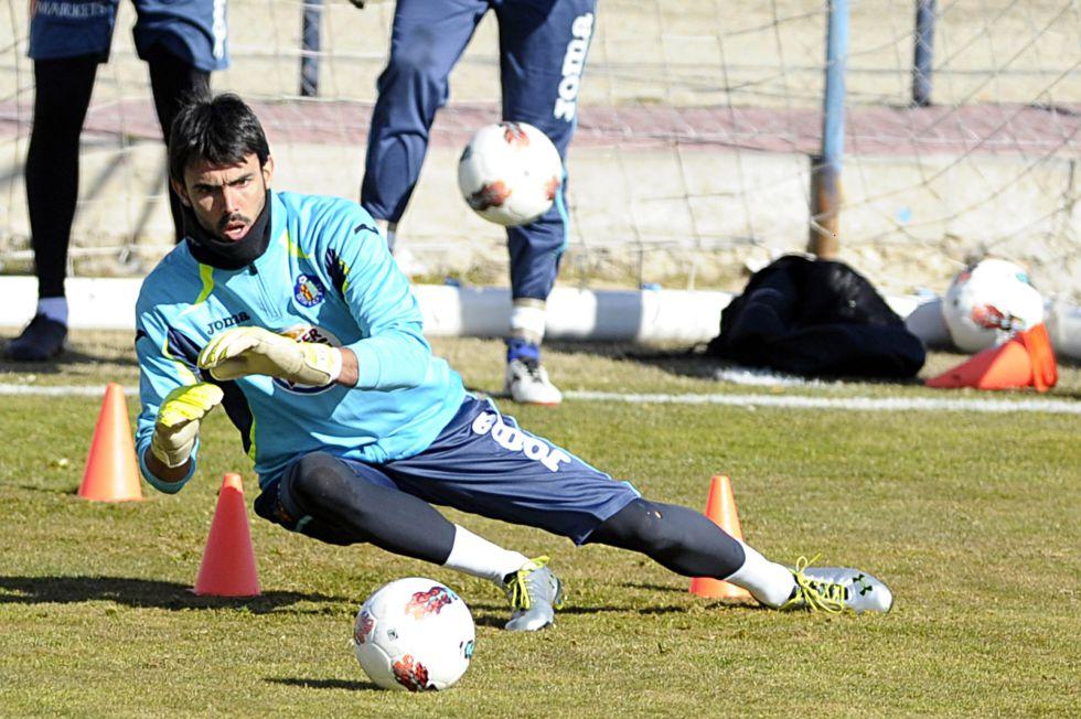 Codina, alternativa del Valencia para suplir a Diego Alves