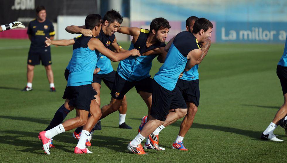 Cesc, Song y Adriano reciben el alta y Vilanova dirige la sesión
