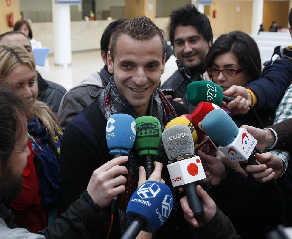 """""""Creo que Gago se quedará, no sé si es real el interés del Boca"""""""