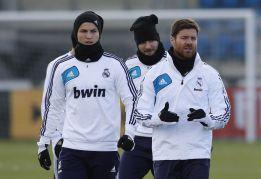 Vuelve Albiol y Mourinho llama a Álvaro López y Llorente, del C