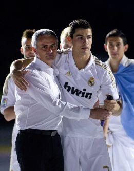 """""""Si queremos a Cristiano, antes llamaré a Florentino Pérez"""""""