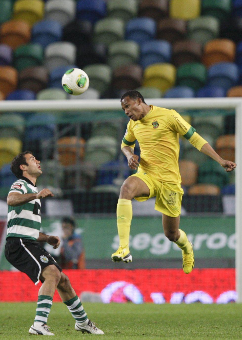 Con gol de Hurtado, el Sporting cae ante el Pacos de Ferreira