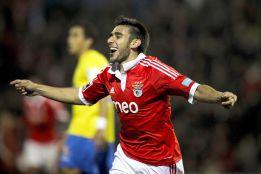 Benfica, líder con golazos de Gaitán, Salvio y Lima