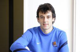 """Rubén Pardo: """"Cuando veo al Madrid, me fijo en Xabi Alonso"""""""
