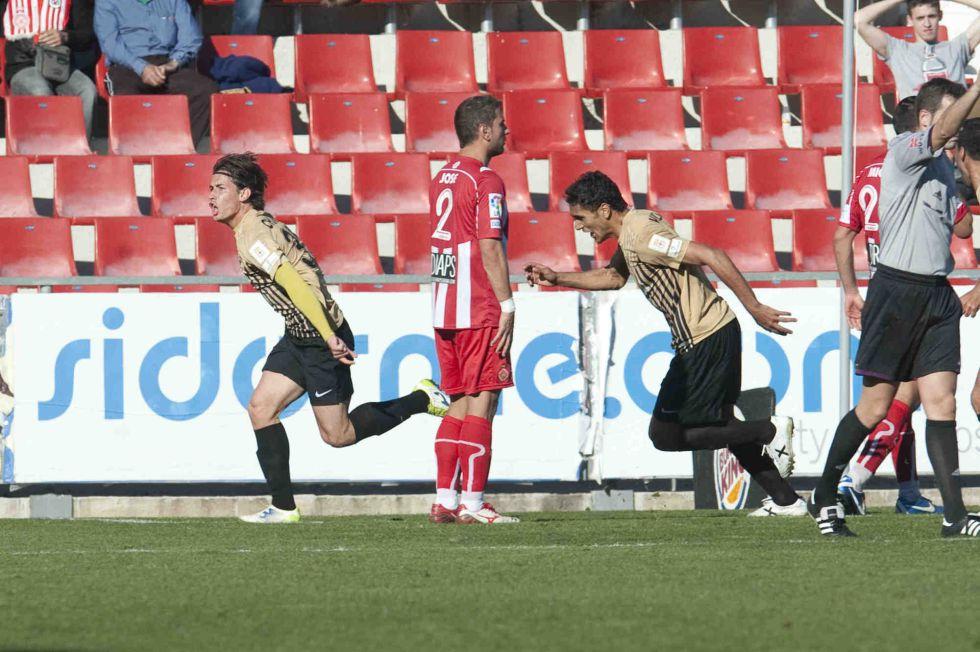 El Almería se lleva los tres puntos en el descuento