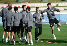 Pellegrini reservará a cinco de los titulares contra el Eibar